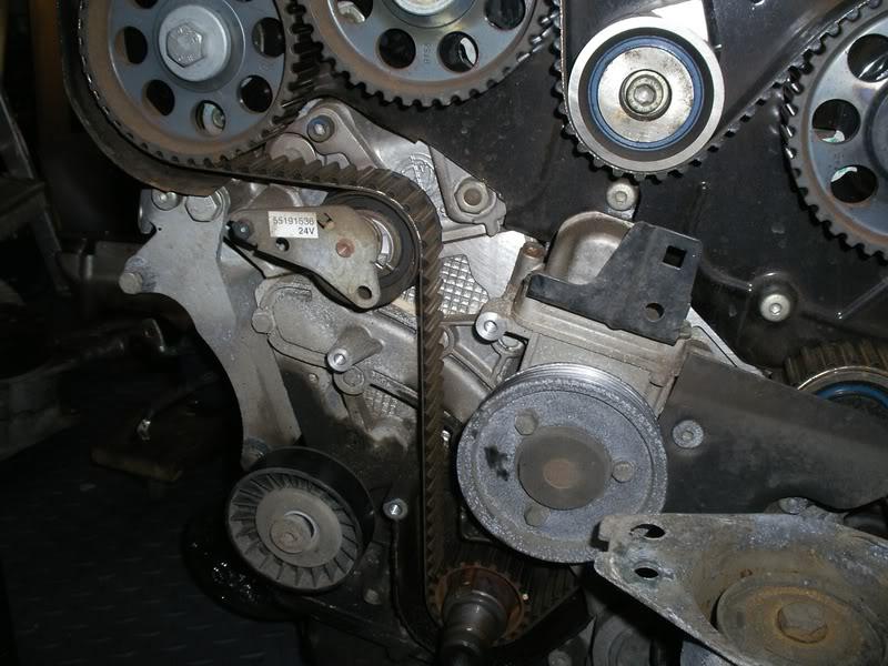 Imgp Jpg A D Cb D Df F C F on Alfa Romeo Gtv6 Engine