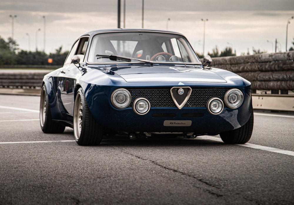 Alfa-Romeo-GT-Electric-Totem_Main-Image.jpg