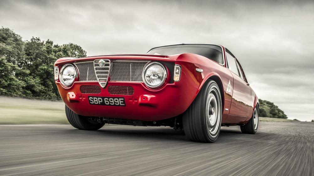 Alfa-Romeo-GTA-R-1.jpg